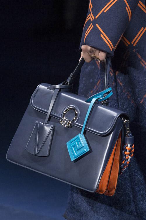 Колекция сумок версаче питон 2017год