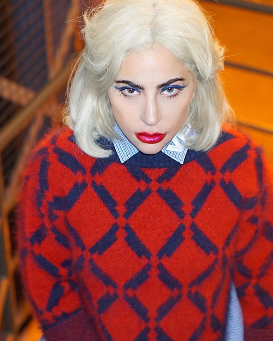 Леди Гага сменила имидж: новый цвет волос - удивил фанатов