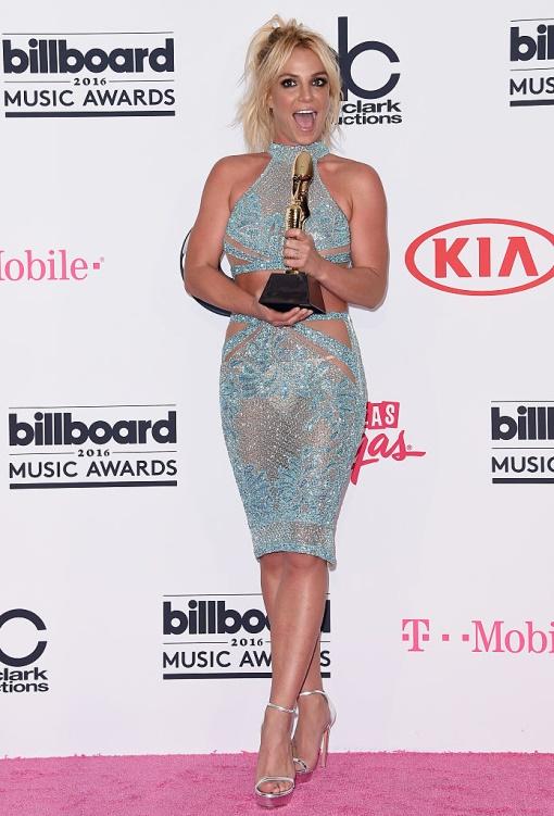 Эволюция Бритни Спирс: как выглядит стиль певицы в 30+