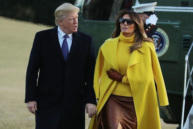 Всем сплетням назло: солнечный наряд Мелании Трамп в Цинциннати