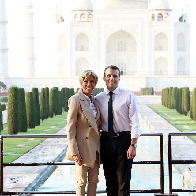 Сама элегантность — лучший образ Первой леди Франции в турне по Индии