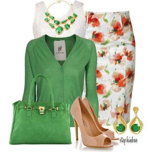 Девушка-весна: 7 стильных образов с изумрудным цветом