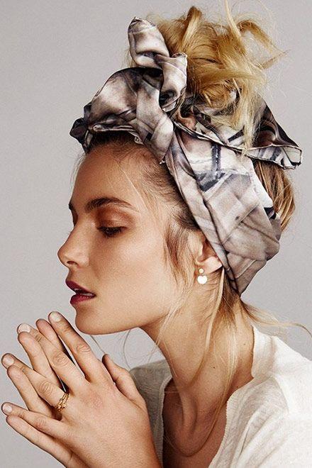 Шейный платок как оригинальный аксессуар для волос: 11 ярких образов