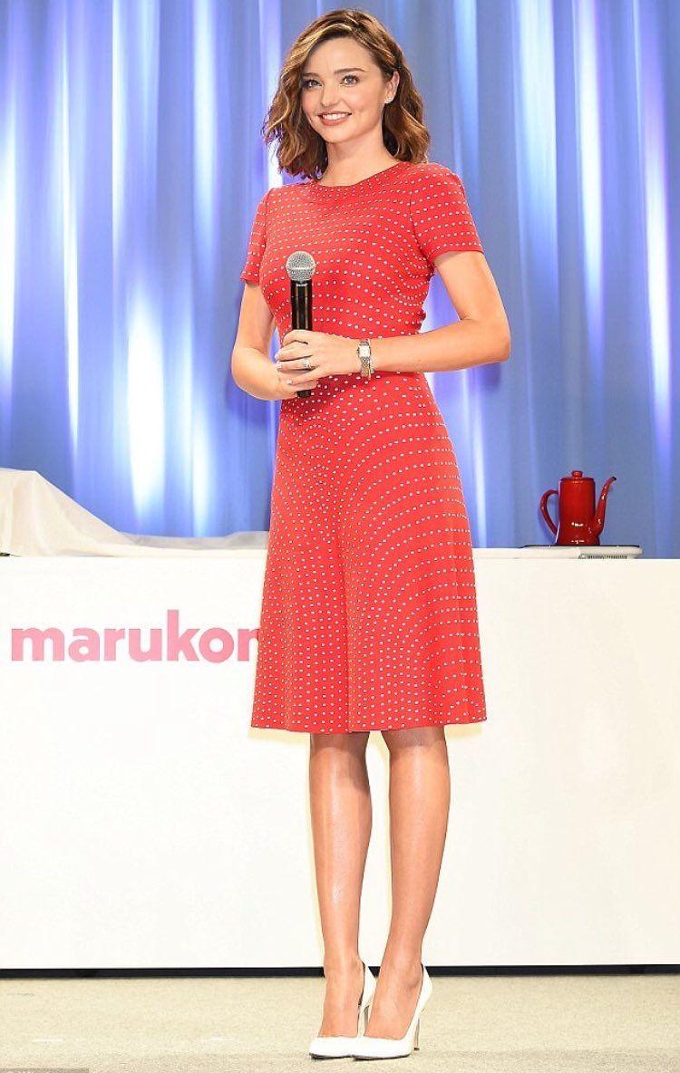 С какой обувью носить красное платье — 5 стильных вариантов на лето