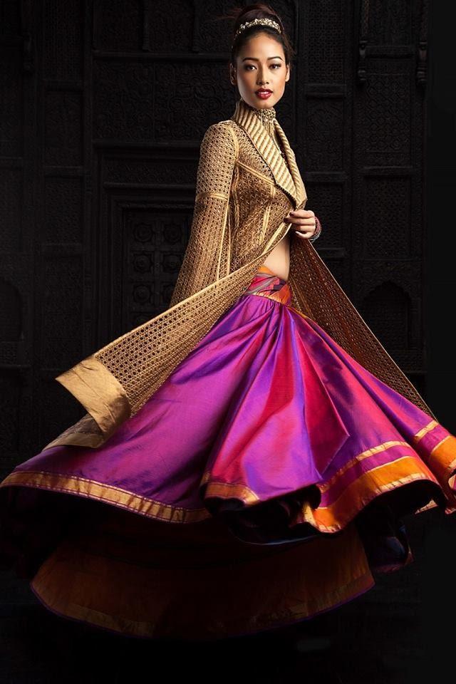 Эта коллекция индийского модельера Тарун Тахилиани уже покорила женщин со всего мира (и даже европейских!)