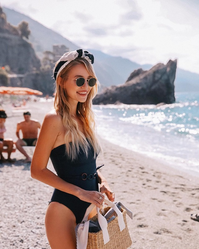 Пояс на купальнике — новый тренд этого лета: 11 доказательств того, что это безумно стиль