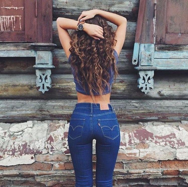 Всего 1 деталь на джинсах, и ваши ягодицы будут выглядеть шикарно (без спортзала)
