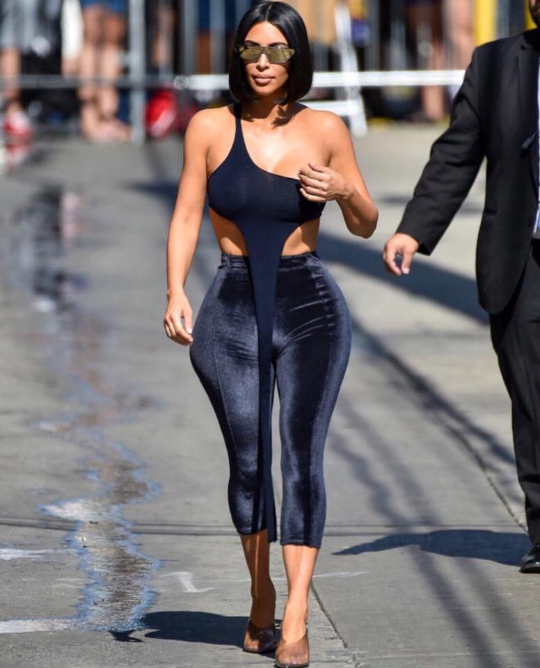 Новый и самый странный образ Ким Кардашьян. Неужели ЭТО тоже скоро будет в тренде?