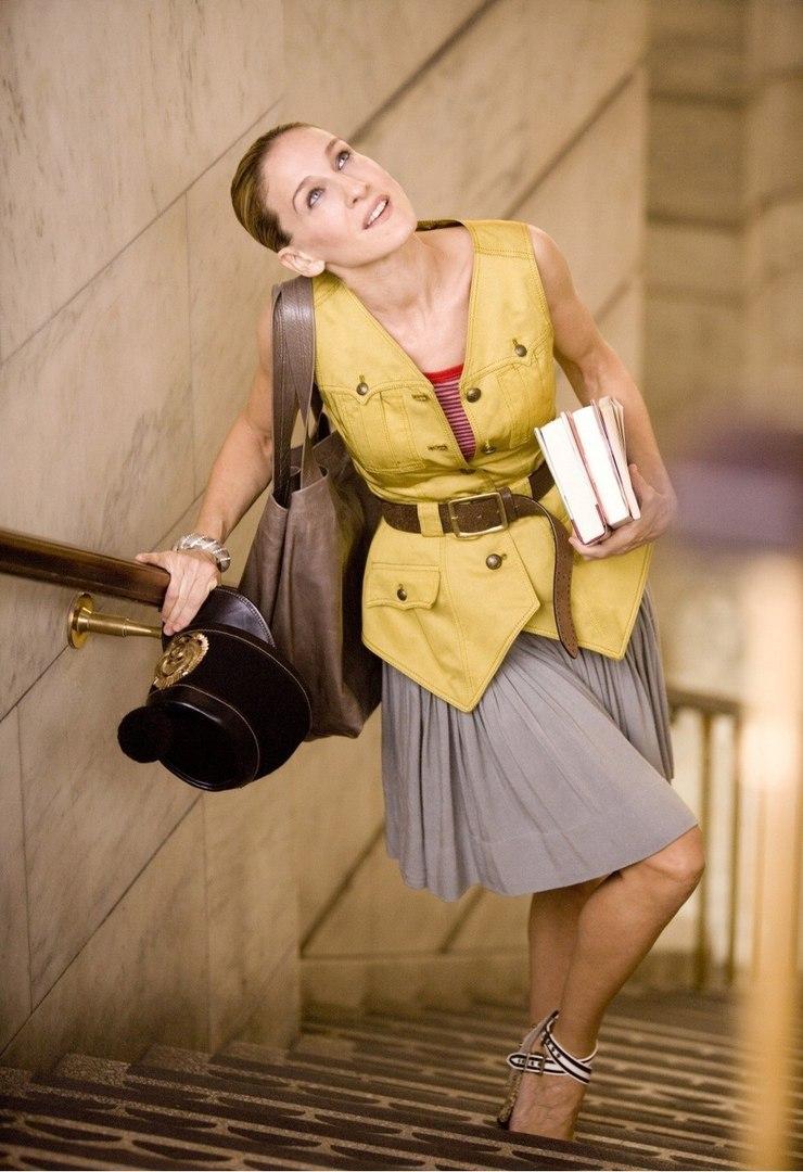 Во все времена: 10 неимоверно стильных образов Керри Брэдшоу