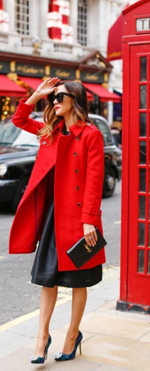 Красное пальто: 10 королевских образов для истинных модниц
