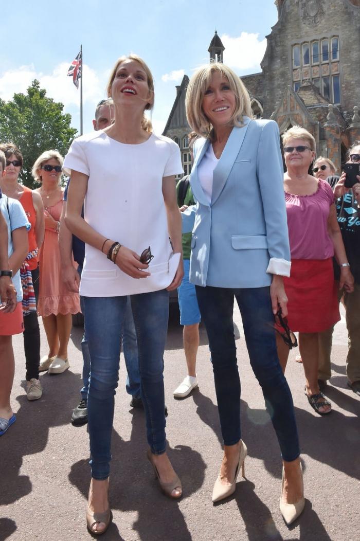 Кто одевает Брижит Макрон: тайный стилист первой леди Франции