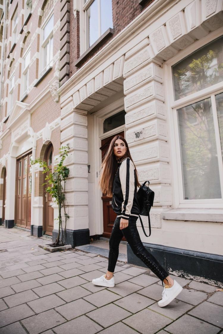 Повседневный шик: 10 образов от фэшн-блоггераНегин Мирсалехи