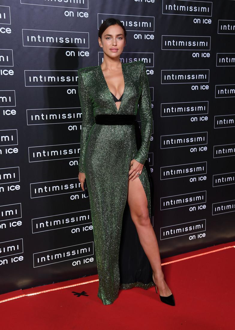 http://i42-cdn.woman.ru/images/gallery/4/0/g_40beeff2b5ef26e4c75dae9284cfab35_2_1400x1100.jpg?02