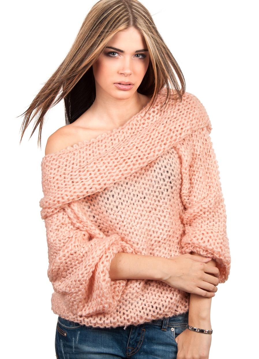 Большие свитера крупной вязки: 10 советов, с чем носить
