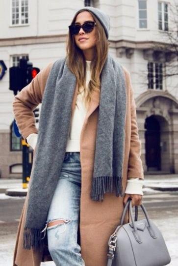 Объемный шарф: 8 образов с главным аксессуаром холодного сезона