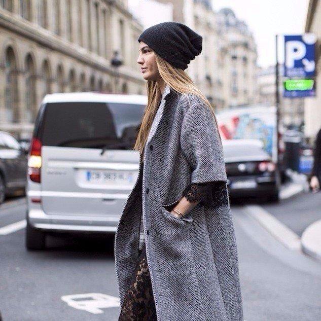 Шапка в деле: 8 стильных образов с главным аксессуаром зимы