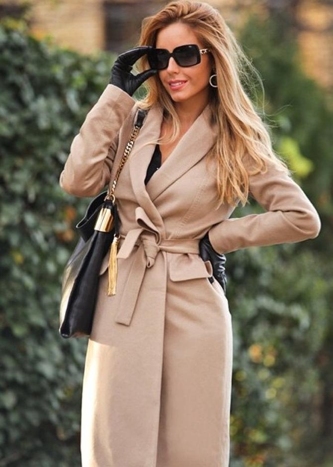 Как выбрать пальто: 7 модных советов для женщин 40+