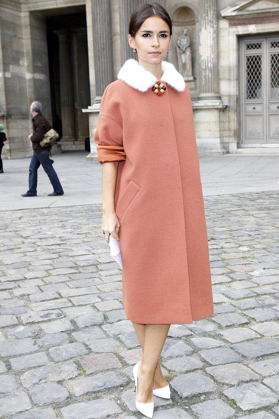 Пальто с мехом: 15 шикарных вариантов для любительниц классики