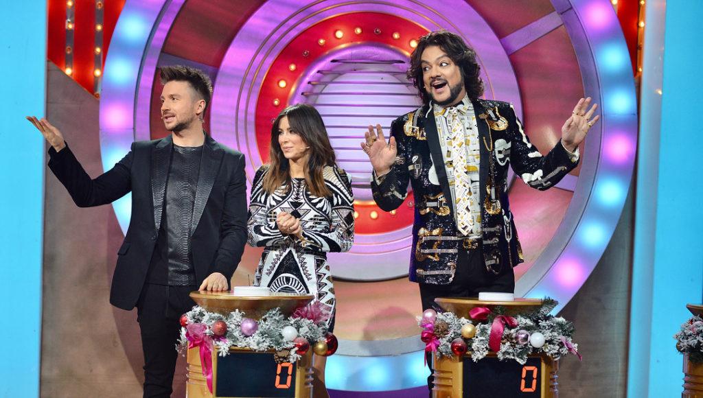 Ани Лорак и Джиджи Хадид: битва мини-платьев за $1200
