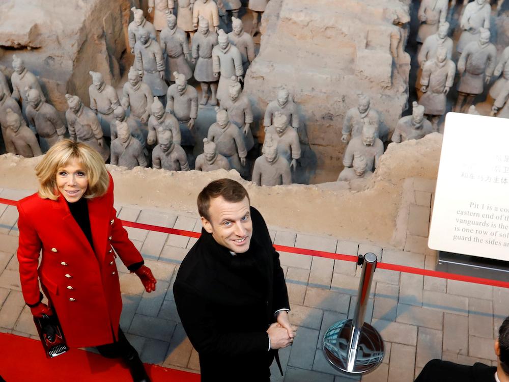 Брижит Макрон в Китае: 5 стильных образов первой леди Франции