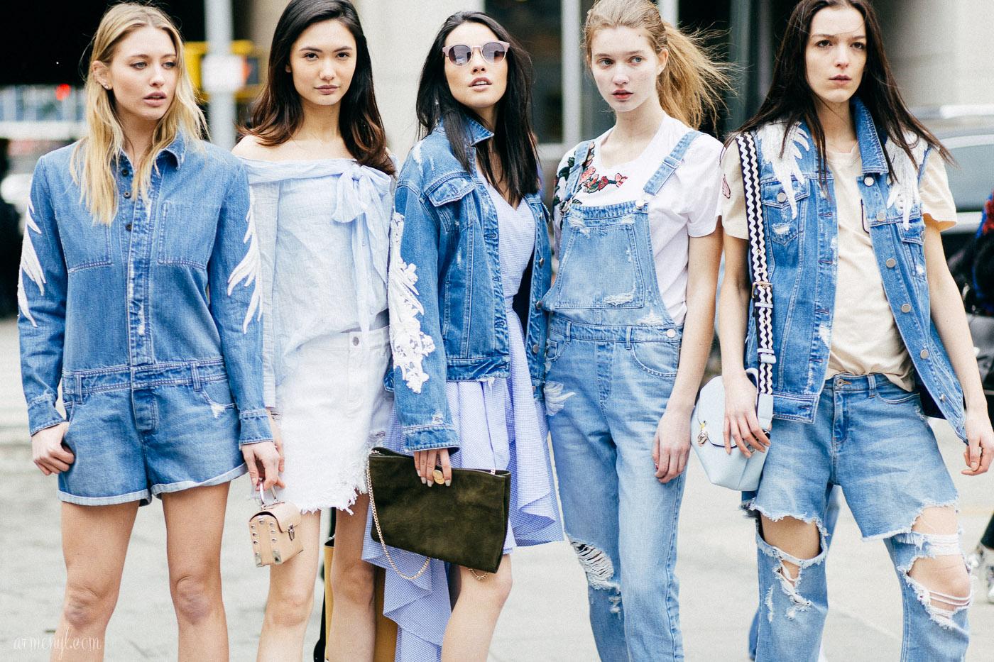 Деним Total-Look: 5 вещей из джинсы для трендового образа в этом году