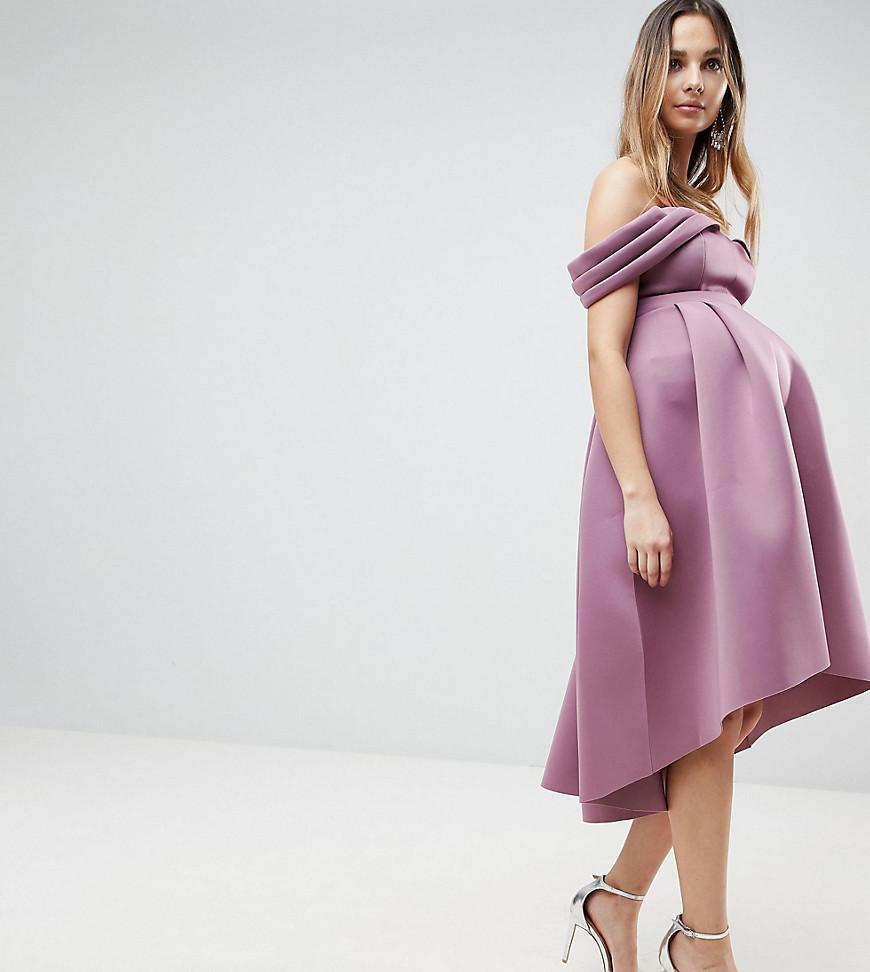 Розовая ностальгия: 8 платьев в трендовом цвете года