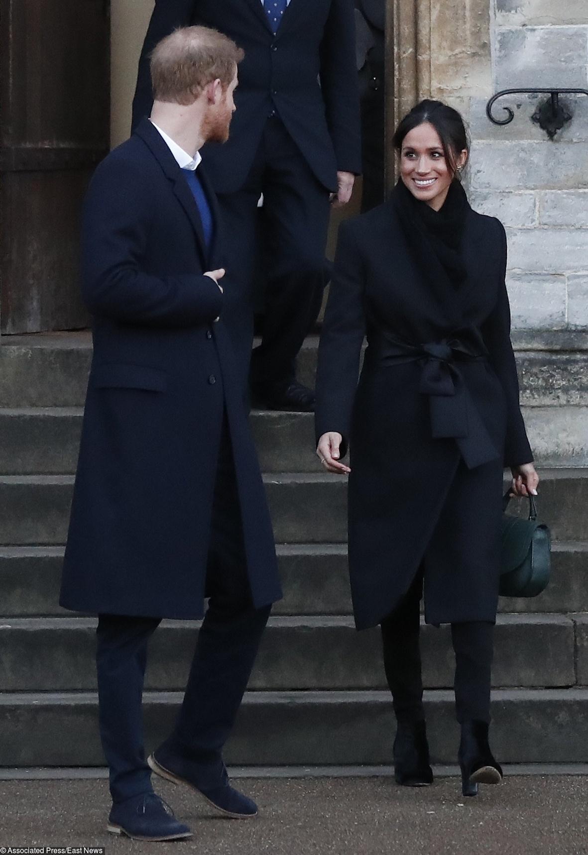 Total-Black по-королевски: в чем принц Гарри и Меган Маркл посетили Уэльс?