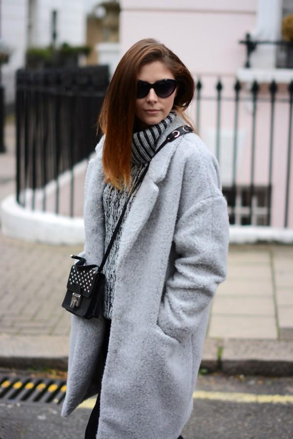 Пальто-кокон: 12 стильных образов, которые украсят каждую