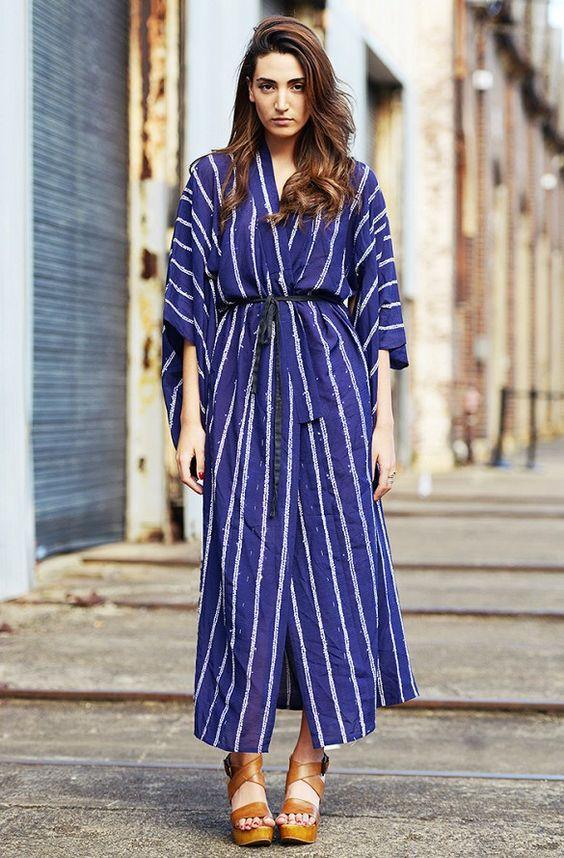 Платье-кимоно на улицах города: 10 необычных образов в этно-стиле