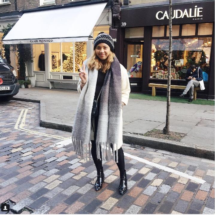 Как оживить зимний гардероб: 6 стильных вариантов с шарфом
