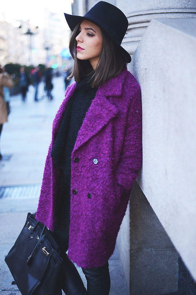 Все фиолетово: 6 образов с самым модным цветом сезона