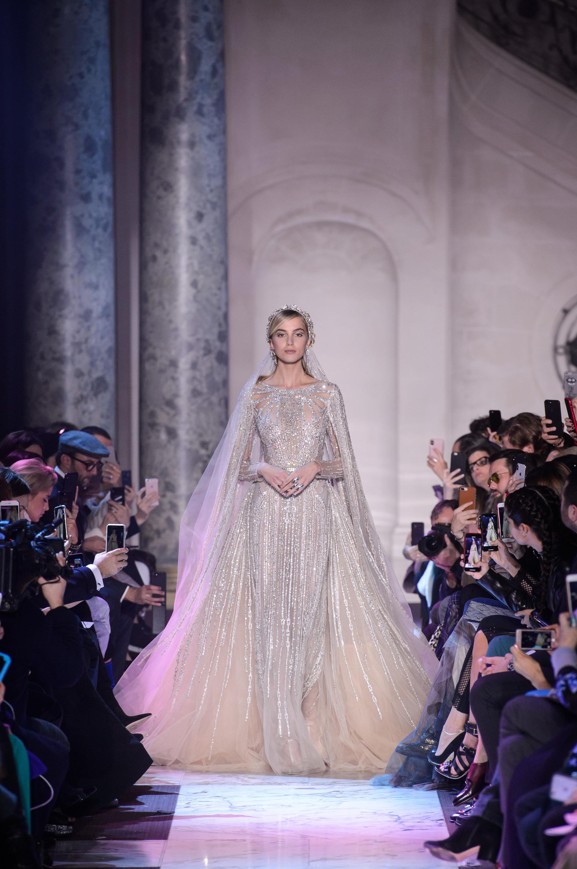 В чем пойдут на свадьбу звезды в этом году: 12 роскошных платьев Houte Couture