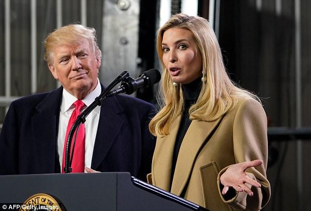 Папина дочка: Иванка Трамп в деловом образе покорила фанатов и не только