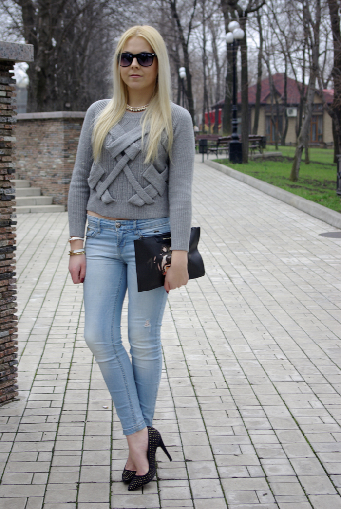 Комфорт рулит: 16 идей, как носить свитера и отличаться от всех