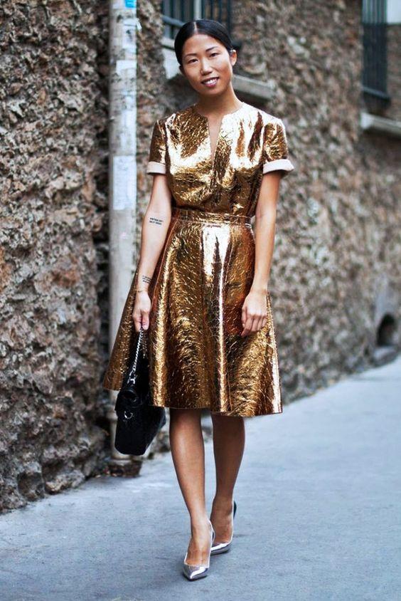 Блестящие перемены: 5 идей в модном цвете металлик
