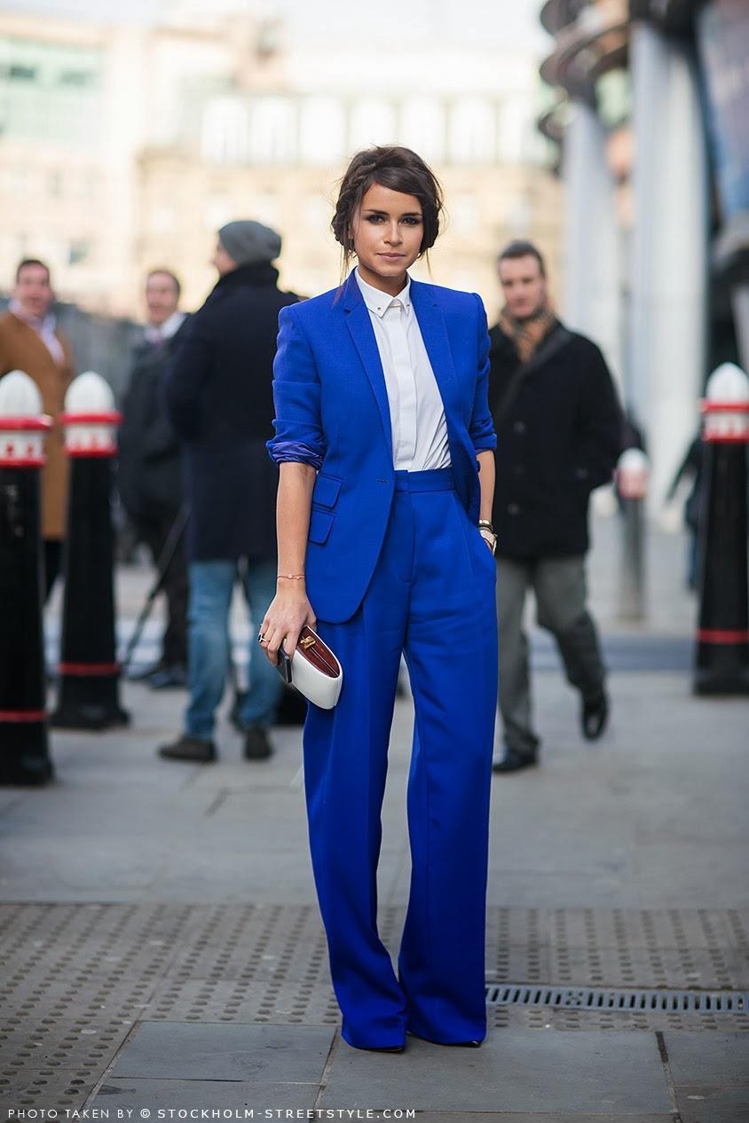 Как носить синий и быть модной: 7 актуальных образов