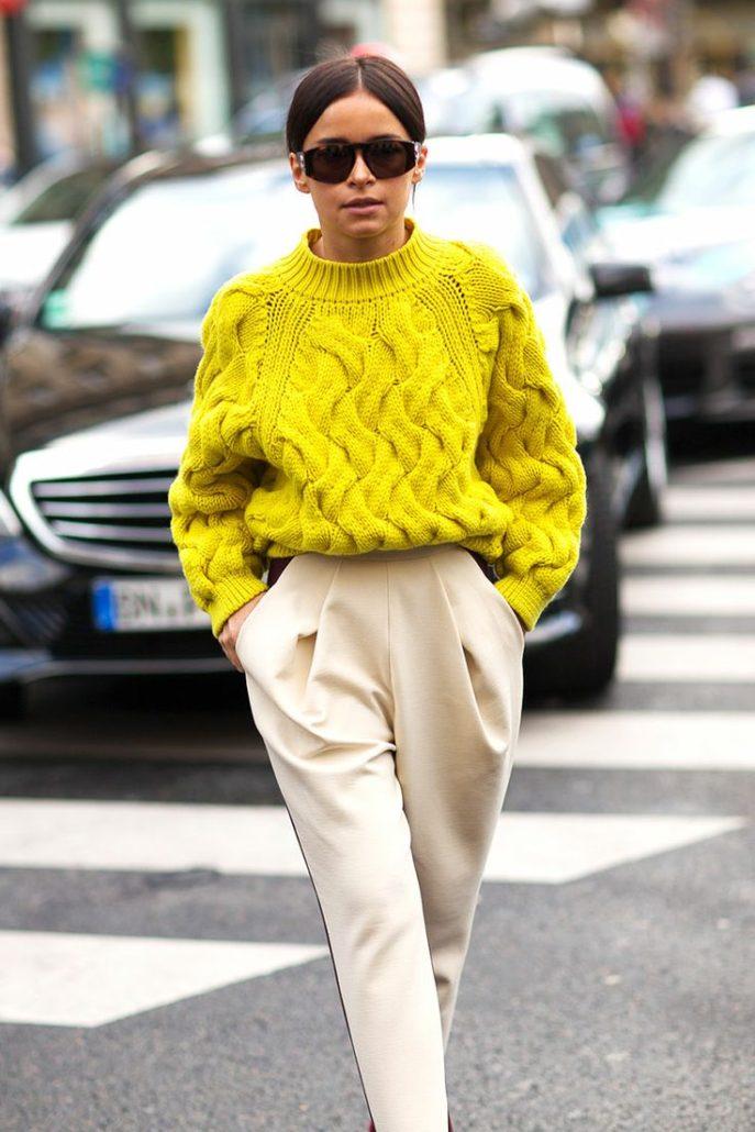 Дорогу свитерам: 9 идей, как освежить типичный образ