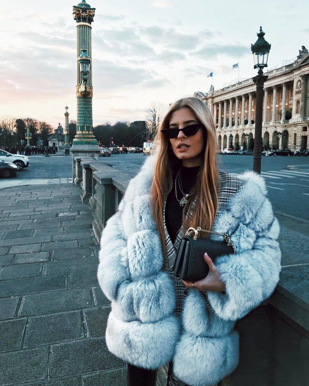 Холод стилю — не помеха: 10 ярких решений для теплых образов