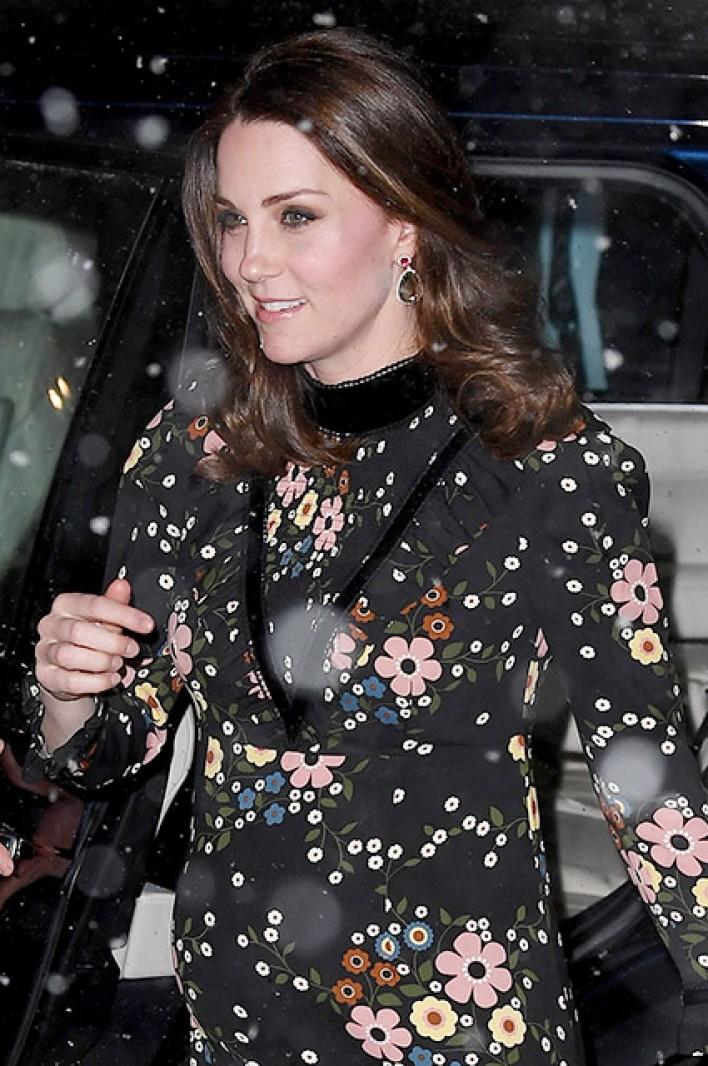 Все ради искусства: беременная Кейт Миддлтон чуть-чуть прогадала с погодой