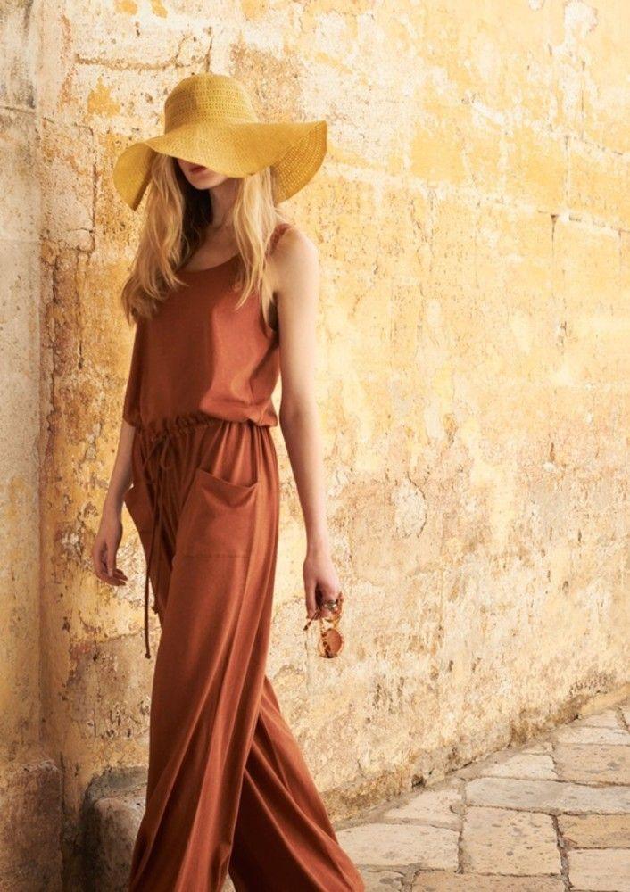 Укрощение строптивого: 20 стильных образов с терракотовым цветом