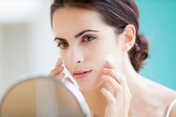 5 причин отказаться от ночного крема раз и навсегда. Вы стареете!