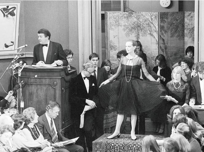 Почему Коко Шанель не стала Королевой и еще 14 удивительных фактов о ее жизни