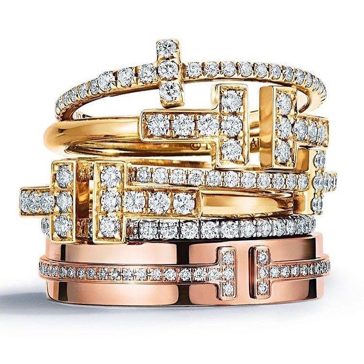 Розовое золото — новый трендовый оттенок, уже свел всех с ума. Он везде!