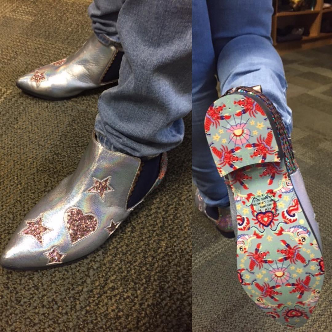 Вы должны увидеть эти 17 невероятных пар обуви, которые прячутся в шкафу Вупи Голдберг