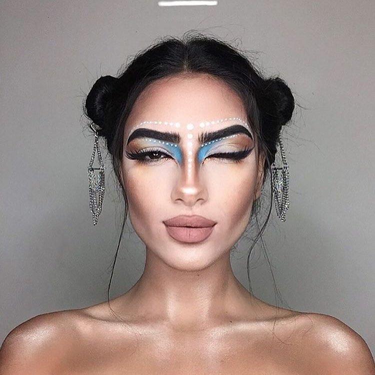 Иранская художница создает «горячие» знаки Зодиака на своем лице. Красотка!