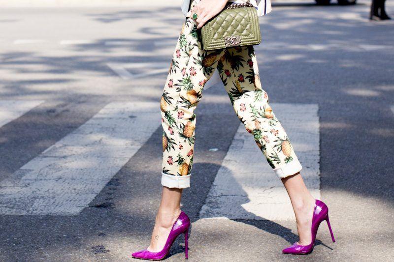 Тренд сезона — яркие туфли: 4 варианта их носить и наслаждаться