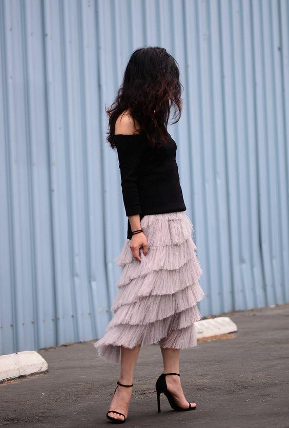 Много не бывает: 10 роскошных юбок с бахромой