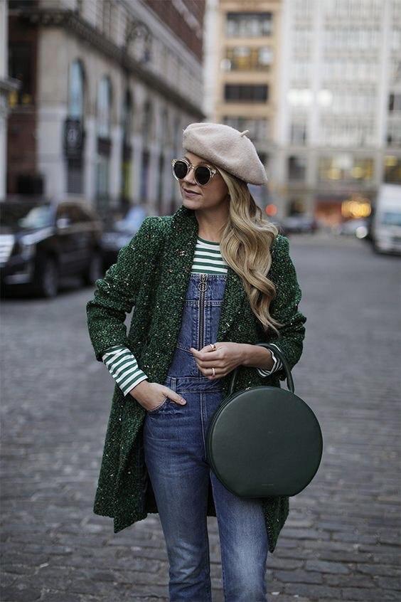 С чем носить джинсовый комбинезон: 9 безумно стильных примеров