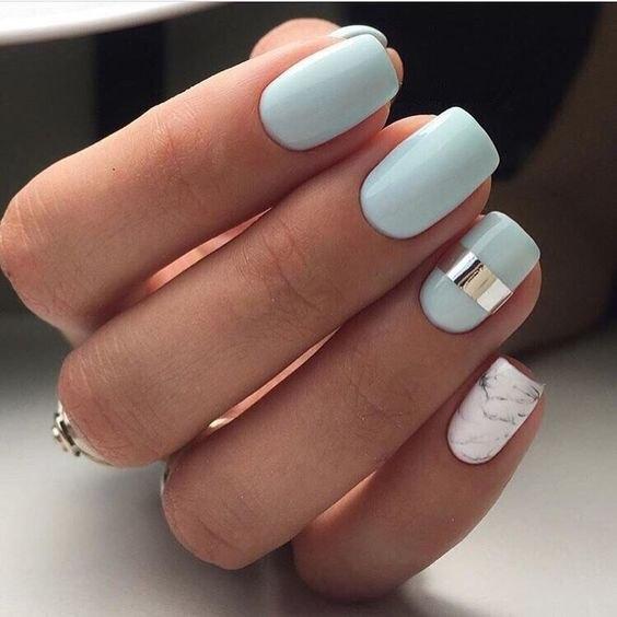 Мраморный принт на ногтях — главный тренд в маникюре: 16 ярких идей