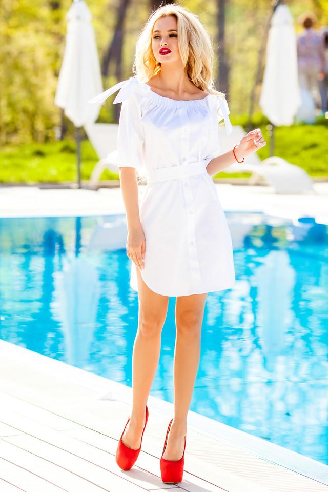 20 оттенков белого: стильные образы в благородном монохроме
